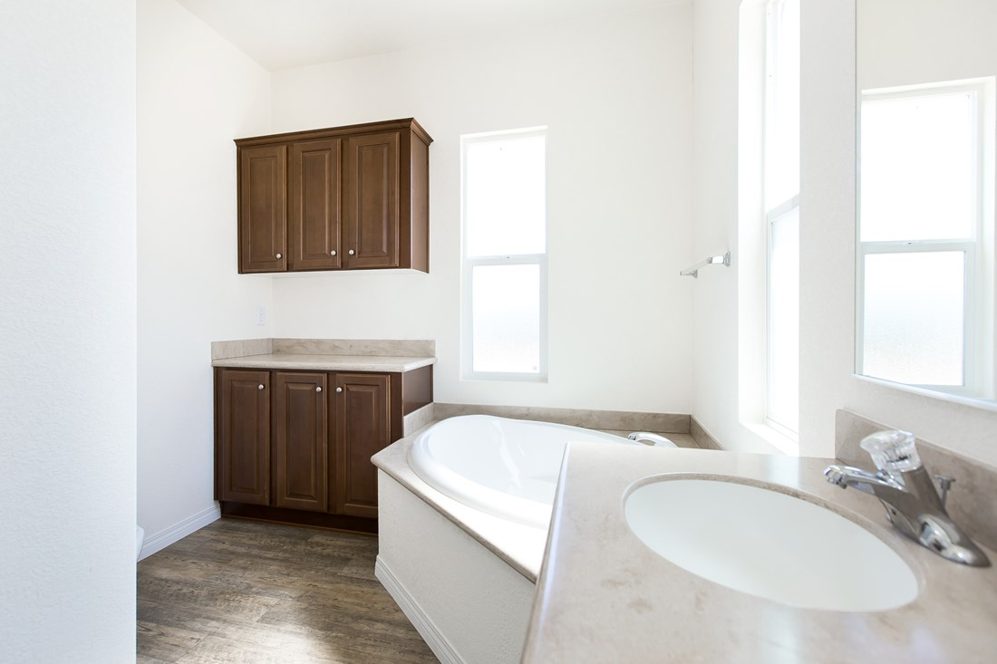 The CK501A Master Bathroom. This Manufactured Mobile Home features 3 bedrooms and 2 baths.