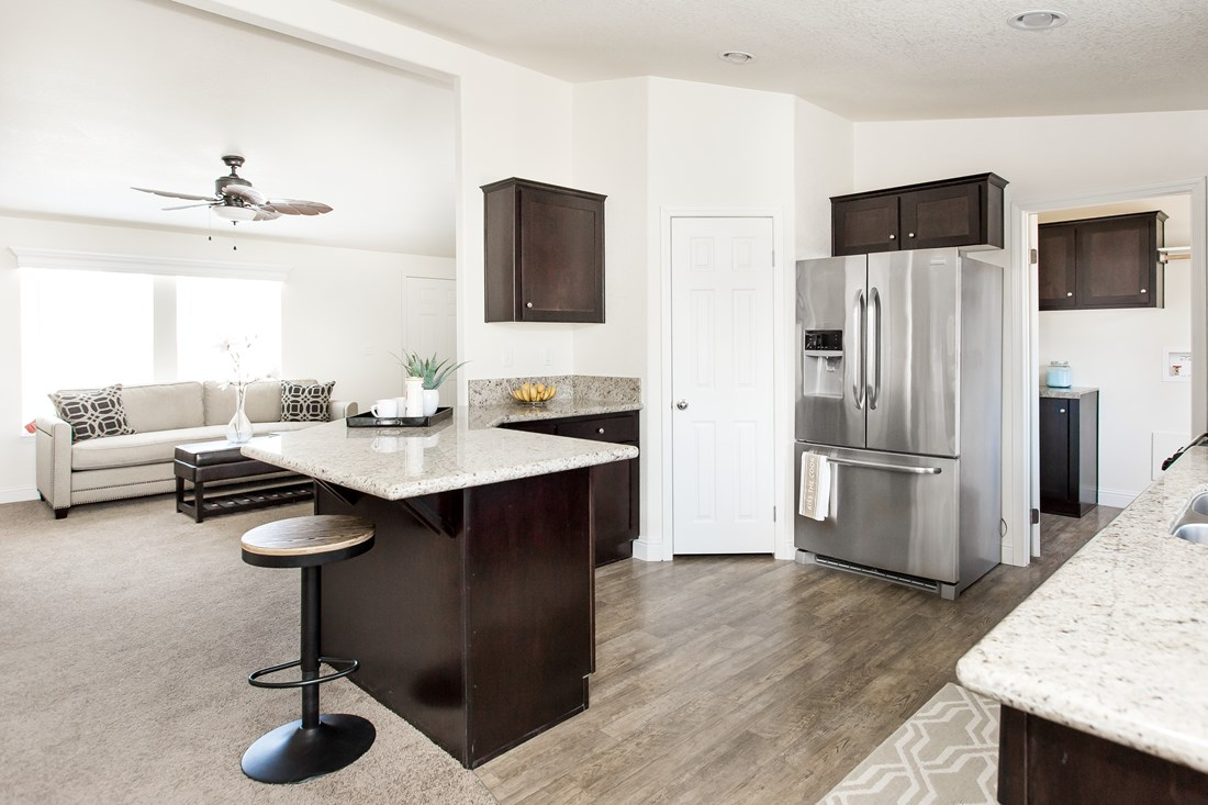 The CK522F Kitchen. This Manufactured Mobile Home features 4 bedrooms and 2 baths.